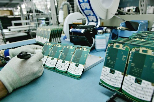 Chinese mobile production, Haier, haier mobile plant, haier mobile unit, haier Pakistan, manufacturing unit, Mobile Pakistan, Mobile phone production, mobile plants in Pakistan, Mobile taxes, Mobile unit Pakistan, production, tax, unit, Government Received Two Applications for Tax Relaxation on Building Mobile Manufacturing Unit