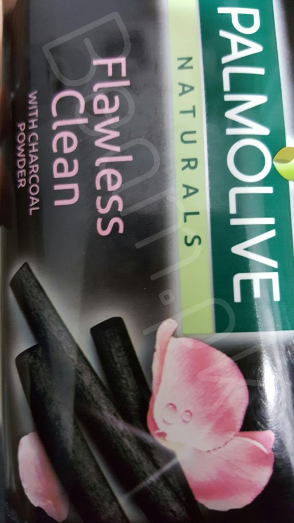 Colgate, Palmolive, naturals, clean, flawless, soap, lux, Colgate, Palmolive Naturals, flawless clean, charcoal powder, beauty, skin, Colgate Launched Palmolive Flawless Clean Soap in Pakistan