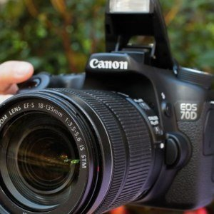 Canon EOS 70D Price & Specifications