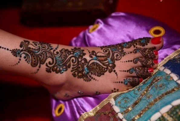 latest, Latest Mehndi Trends: Which Mehndi designs are out dated?