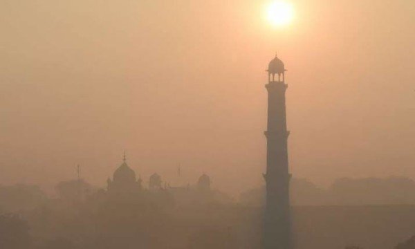 combat against smog, Pakistani Engineer Designed A Device To Save Lives And Combat Against Smog